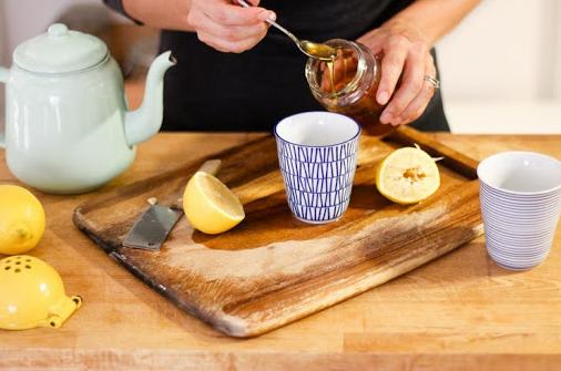 uống-chanh-mật-ong-có-tác-dụng-gì
