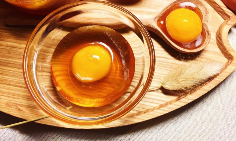 10 Công Dụng Tuyệt Vời Của Trứng Gà Ngâm Mật Ong Cho Sức Khỏe Và Làm Đẹp